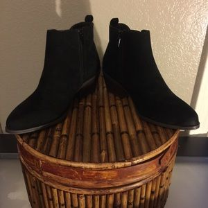 "New Just Fab Black Suede 2 1/2"" Boots Size 5"